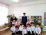 Молодые казаки Волгодонска побывали в гостях в детских садах