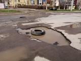 В Волгодонске сроки ремонта дорог сдвинулись на месяц из-за постоянных дождей